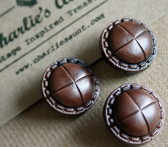 Vintage plastic leather-look buttons in rich chocolate brown
