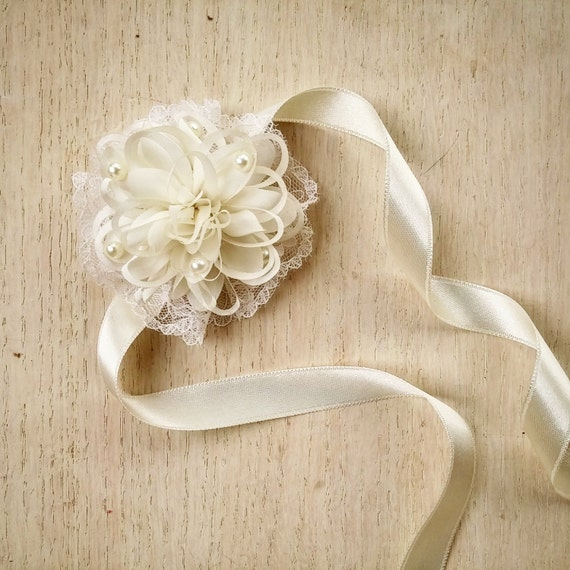 Wrist Corsages Wedding: Wedding Wrist Corsage Bridal Corsage Ivory Corsage Mother