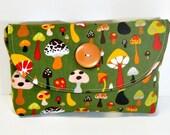 Magic Mushroom Diaper Bag Mama Clutch, Mushroom Clutch, Diaper Bag Clutch, Wallet Clutch, Diaper Bag Organizer, Small Clutch