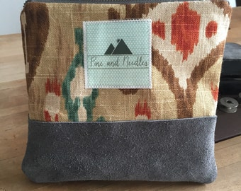 Kilim Gray Suede Pouch