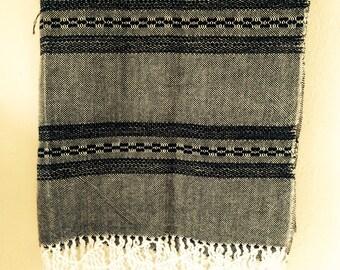 Mexican shawl / reboso
