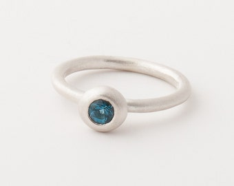 Trinket Ring in London Blue Topaz