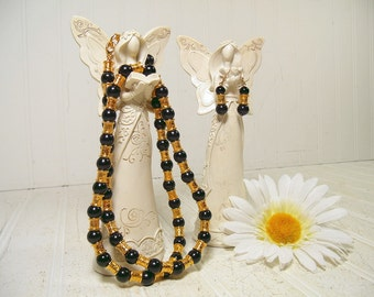Vintage Liz Claiborne Matching Necklace & Earrings Set in Black / Ornate Gold Tone Beads - Signed LCI on Heavy Gold Tone Lobster Claw Clasp