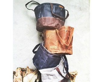Waxed canvas bucket bag -- blue & dark brown