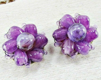Vintage 1960s HONG KONG Purple Flower Bead Cluster Clip-On Earrings