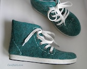 Felted wool sneakers in green. Outdoor wet felted shoes with rubber soles. Eco fashion shoes for women, woman. Woolen shoes. Size US 8