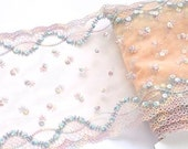 Pale Pink Pastel Fower Lace, Double Edge Miniature Flowers Lace, Dolls, Baby Fabric, Girls Dresses, Lingerie, Dolls House
