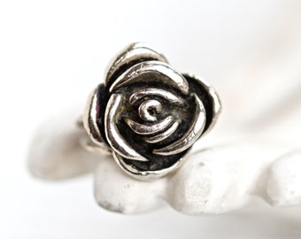 Dark Silver Rose - Chunky Ring Size 6.5