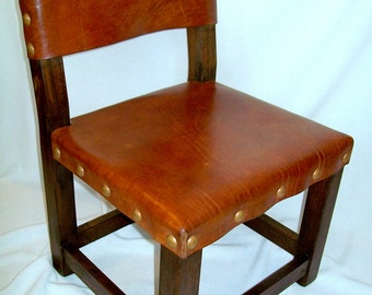 SMALL LEATHER CHAIR