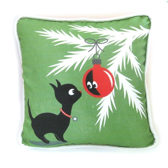 Items similar to Christmas Kitty Throw Pillow Cover with Piping - Christmas Kitty with Ornament ...