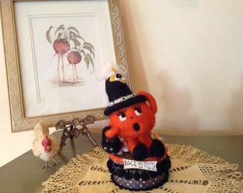 Needle Felted Pumpkin, Halloween  Figurine, Fiber Art , One of a Kind,  Vintage Inspired  Halloween Needle Felted,Halloween collector