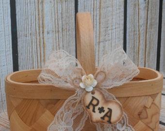 Flower Girl Basket / Rustic Flower Girl Wooden Basket / Wood Basket / Wedding Basket / Flower Girl / Rustic Wedding Flower Girl Basket
