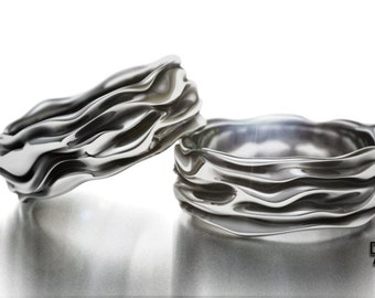 Cloth folds band in sterling silver