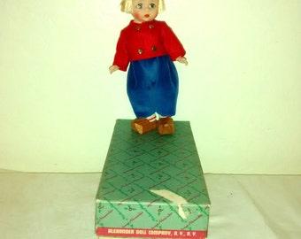 Mint Madame Alexander Dutch Boy doll ,  #777 , 1970's , bent knees