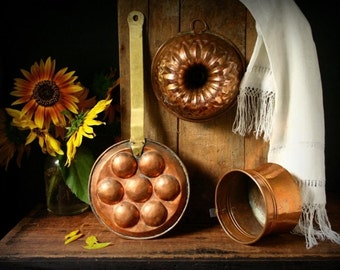 Vintage copper egg poacher, copper pan, brass and copper pan, Dutch kitchen