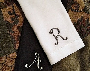 Delight Monogrammed Napkins, Embroidered Cloth Dinner napkins, embroidered cloth napkins, monogrammed napkins, personalized cloth napkins