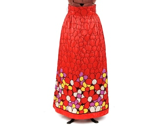 Vintage 1970's Joan Leslie Bright Red Dasiy Floral Abstract Quilted A-line Maxi Hippie Skirt M