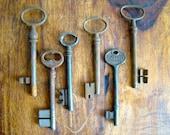 Slightly Deformed skeleton key set, six large vintage skeleton keys, set of skeleton keys, barrel keys, old furniture keys from france
