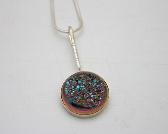Minimalist druzy necklace, beautiful necklace, simply elegant