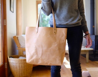 Simple Leather Tote | Vegetable Tanned Leather (Leather will darken)