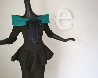 AMAZING Vintage 80s does 40s Peplum Dress Black Turquoise Off Shoulder Collar Polkadot Polka Dot Bow Pencil Skirt Normal Kamali style Small