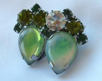 Vintage Rhinestone Earrings Marked AUSTRIA -  Retro 1950s Clip Backs - Givre Stones