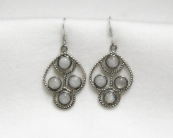 Moonstone Earrings - Sterling Silver - 8 Carats Genuine Moonstones - Vintage