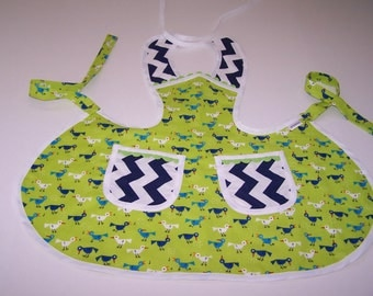 Childs Apron, Lime green size 3-4 child's cooking apron, sweet blue bird baby chefs apron