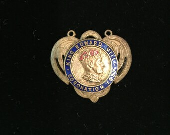 Vintage Edward VIII coronation pin brass penant