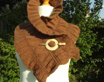 Winter scarf,wool scarf,hand knitted scarf,ruffled scarf,knitted winter scarf,brown wool scarf,gift,autumn/winter accessory,scarf,snood