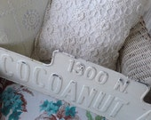 VINTAGE ~ 'COCOANUT Ave' ~ Metal, Retired Street Signs