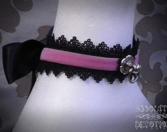 Clara Collar in Pink and Black with Large Bow - Ready To Ship - Absolute Devotion
