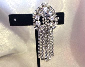 1960s Vintage Faceted Crystal Rhinestones Chandelier Tassles Pin Wedding Brooch