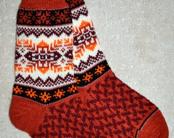 Wool Socks, Norwegian Scandinavian folk art Hand Crafted, 100% wool, size L , Snowflake Fair Isle