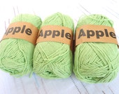 Green Bamboo yarn,Each skein: 100 gr, knitting yarn