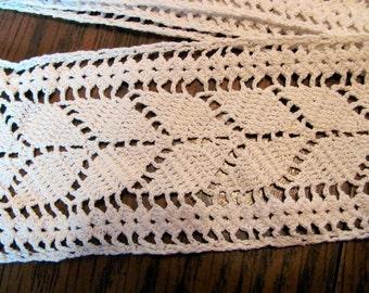 Antique Hand Crochet Lace / 3 Yards Ecru Crochet Lace / Bargain Price Lace