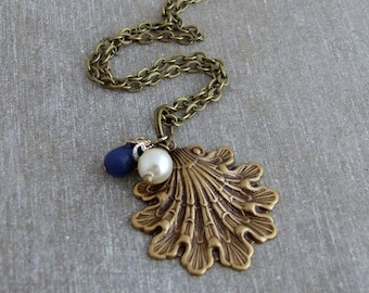Shell Necklace .. shell charm necklace, nautical necklace, art nouveau, ocean jewellery, shell necklace