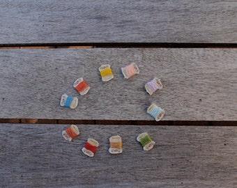 Dollhouse miniature thread shabby chic cards, set of 10