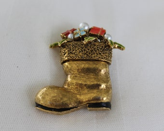 Santa Boot Christmas Brooch Marked Art