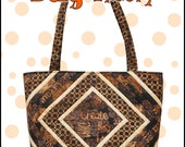 The Big Bag Theory .pdf pattern, a Big Bag Pattern With Lots of Pockets and Key Fob