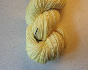 Light Baby Lemon Yellow Superwash Merino Yarn - Hand Dyed Yarn -  Yellow DK Yarn - Baby Yellow Double Knit 3 Ply Yarn - Light Baby Yellow