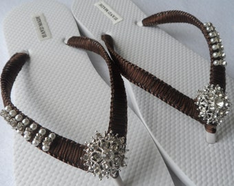 Colors Wedding Flip Flops / Bridal Pearls Sandals /  Color Bridesmaid Shoes / Rhinestone & Pearls Flip Flops..