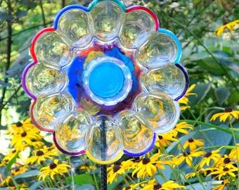 Glass Garden Flowers, Yard Sun Catcher, Garden Yard Art and outdoor Garden sun catcher with recycled glass