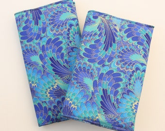 Marbled Peacock Feathers 2017 / 2018 Academic Diary & Notebook / Journal Gift Set