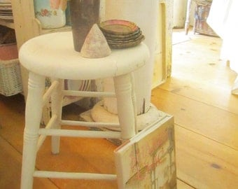 vintage farmhouse chippy white wood  side table  stool