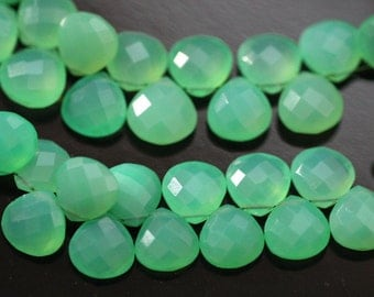 Chrysoprase Green Chalcedony Faceted Heart Briolettes, 9 - 10 mm, 6 beads GM0705FH/10/6