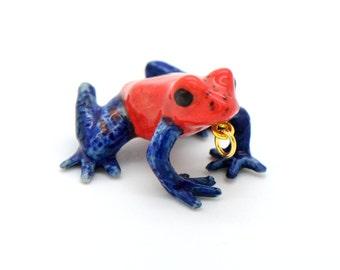 1 - Porcelain Strawberry Dart Frog Pendant Hand Painted Glaze Ceramic Animal Small Ceramic Poison Dart Frog Bead Jewelry Supplies (CA225)