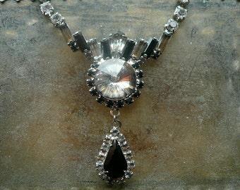 Vintage Art Deco Necklace - Black Clear Rhinestone Necklace - Jet Black Pear Rhinestone Choker