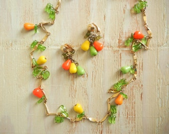 Vintage 1940's Glass Novelty Fruit Necklace |  Pear Necklace and Earring Set