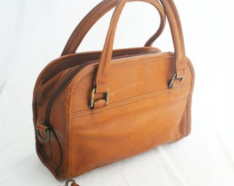 Purse - Medium Brown Wilson's Leather Handbag with detachable strap